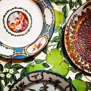Enamel tin picnic plates