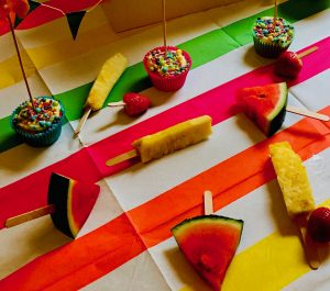 Kids party table with fruit pops